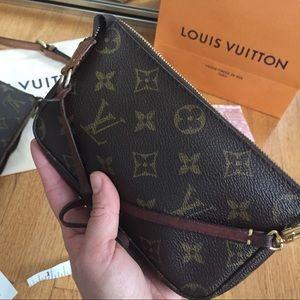Louis Vuitton Mini pochette w/small leather strap